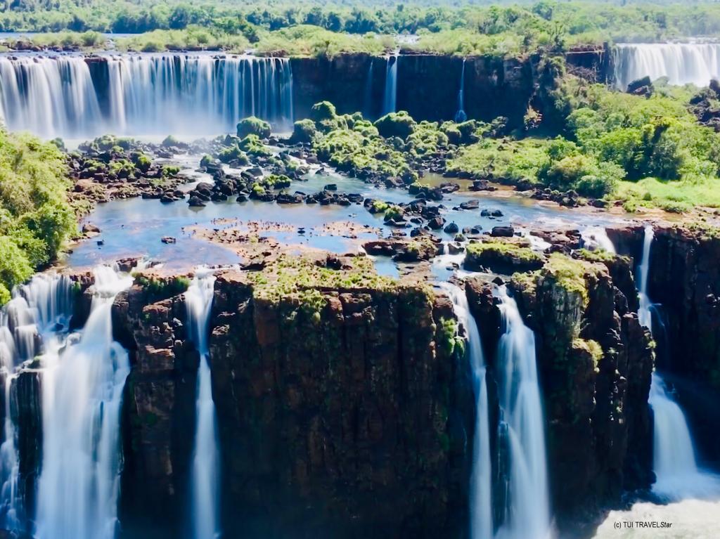 Wasserfälle von Iguazu_weit